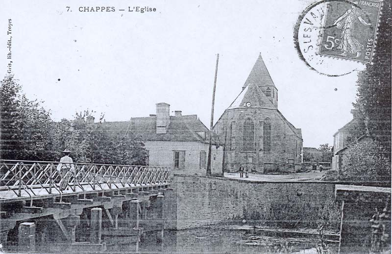1900 Le vieux pont de Chappes dans l'Aube près de Paris en Champagne Ardenne